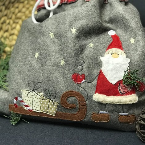Stickdatei Doodle Weihnachtsmann mit Schlitten