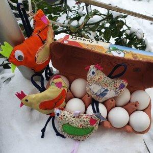 ITH Stickdatei verrückte Frühlings Hühner Huhn
